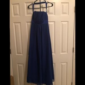 beautiful royal blue gown!